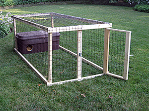 Ashot Karamian has designed many confinement pens for feral cats, including this one. (Photo by Ashot Karamian)