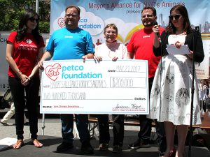 Adoptapalooza co-sponsor, the Petco Foundation, presented the Mayor's Alliance for NYC's Animals with a check for $200,000 to support our life-saving animal rescue initiatives in New York City this year. (Photo by Rick Edwards)