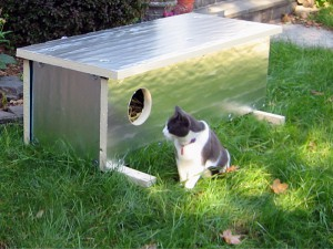 An insulated feral cat shelter crafted by Ian Henry. (Photo by Ashot Karamian)