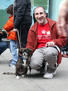 David Glicksman has helped hundreds of animals find homes and receive the care they need through his tireless volunteer efforts with the Mayor's Alliance for NYC's Animals and other organizations. (Photo by Devon Santoro)